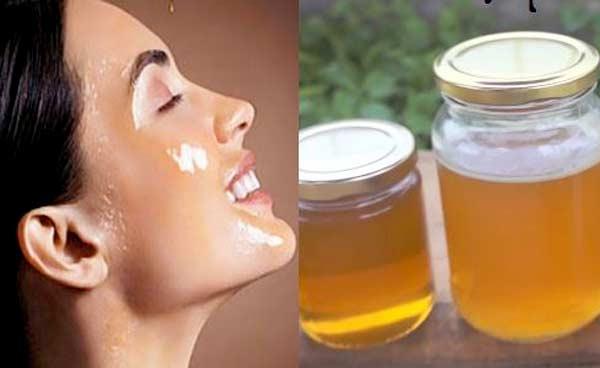 Mật ong ngoài làm sáng da, là dưỡng chất có nhiều công dụng